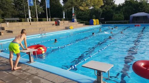 12 of 20 banen zwemmen