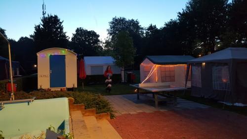 Met heaters in de tenten was het redelijk te doen qua warmte