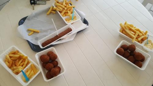 Bommetjesmenu: snack en Aviko-patat  voor 2,50 euro