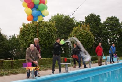 Opening van het zwembad