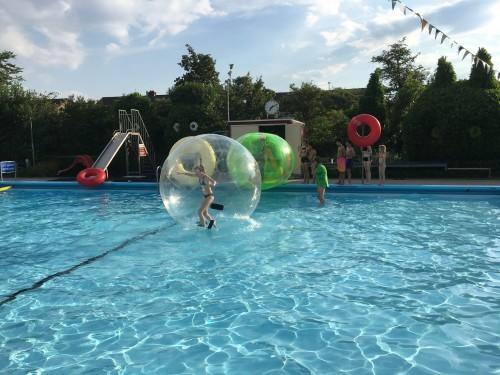 Altijd lol met de aquaballen